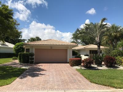 Boynton Beach Single Family Home For Sale: 19 Hampshire Lane