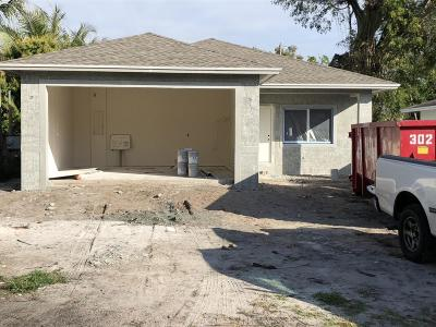 Delray Beach Single Family Home For Sale: 4951 Lincoln Road