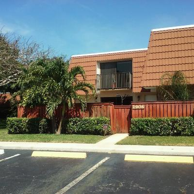 Deerfield Beach FL Townhouse Closed: $192,500