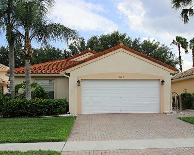 Boynton Beach Single Family Home For Sale: 5190 Pelican Cove Drive