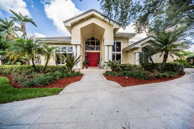Tequesta Single Family Home For Sale: 10419 SE Ridgeview Circle