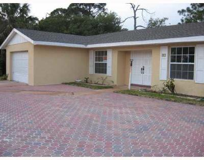 Single Family Home Sold: 663 NW Prima Vista Boulevard