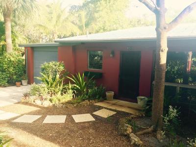 Hobe Sound Single Family Home For Sale: 9165 SE Venus Street