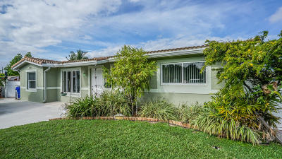 Pompano Beach Single Family Home Contingent: 1101 SE 9th Terrace