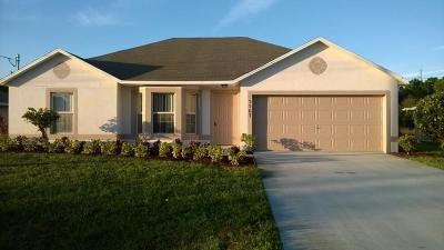 Port Saint Lucie Single Family Home For Sale: 5563 NW North Crisona Circle