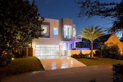 Broward County, Palm Beach County Single Family Home For Sale: 19 Tropical Drive