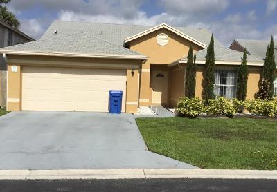 Royal Palm Beach Single Family Home For Sale: 108 Banyan Lane