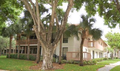 Palm Beach Gardens Condo For Sale: 505 Brackenwood Place