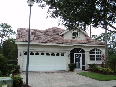 Harbour Isles @ Lake Charles, Lake Charles, Lake Charles Phase 2c, Slw 77 Lake Charles Phase 2b, St Lucie West #120 Lake Charles Phase 3d, St. Lucie West #140 Lake Charles Ph 3g Single Family Home Contingent: 702 SW Andros Cove