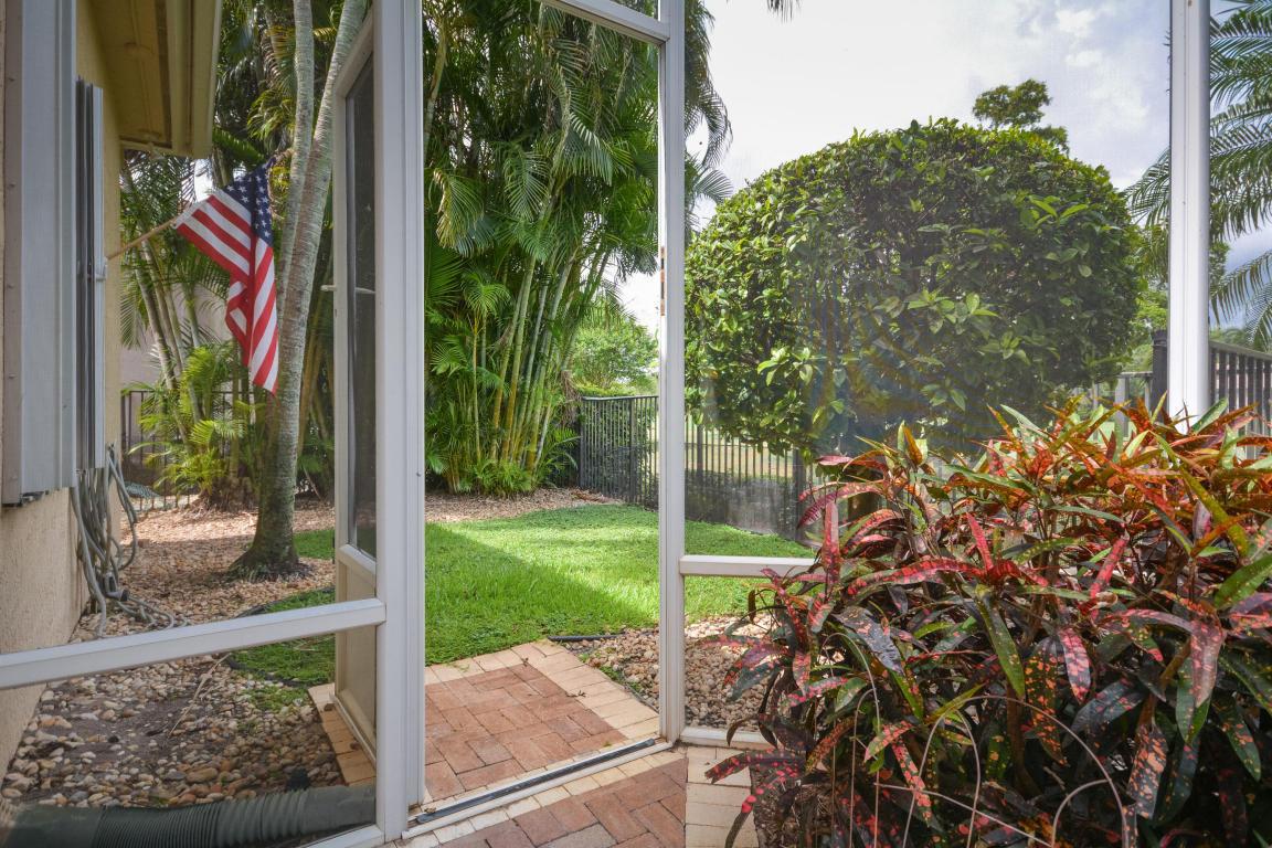 Listing: 15983 Laurel Creek Drive, Delray Beach, FL.| MLS# RX ...