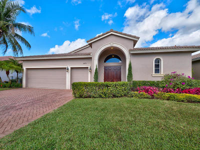 Atlantis Single Family Home For Sale: 481 Pine Tree Court