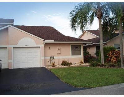 Deerfield Beach Single Family Home Contingent: 1239 NW 51st Way