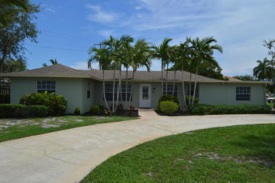 Tequesta Single Family Home For Sale: 4 Bridlepath Circle