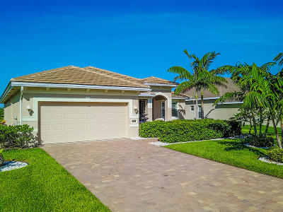 Jensen Beach Single Family Home For Sale: 436 NW Sunflower Place