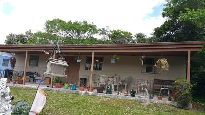 West Palm Beach Single Family Home For Sale: 5107 Marcia Place