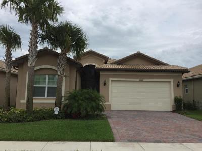 Boynton Beach Single Family Home For Sale: 8266 Boulder Mountain Terrace