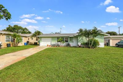 Palm Beach Gardens Single Family Home For Sale: 301 Camellia Street