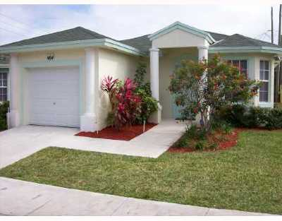 Boynton Beach Single Family Home Contingent: 464 S Circle Drive S