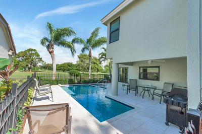 Delray Beach Single Family Home For Sale: 240 Sherwood Forest Drive