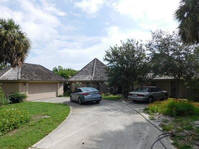 Jensen Beach Single Family Home Contingent: 4021 NE Sugarhill Avenue