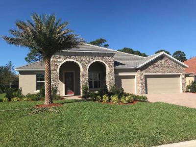 Port Saint Lucie Single Family Home For Sale: 8067 Kiawah Trace
