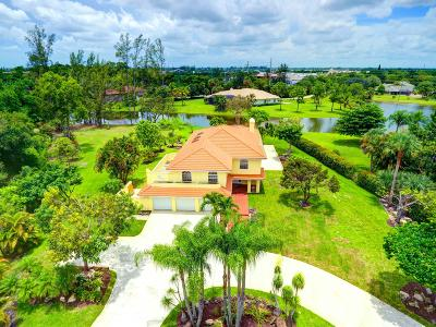 West Palm Beach Single Family Home Contingent: 105 Westwood Circle E