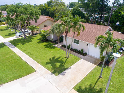 Delray Beach Single Family Home For Sale: 14916 Sunnyview Lane