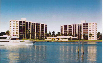 Tequesta Condo For Sale: 19800 Sandpointe Bay Drive #805