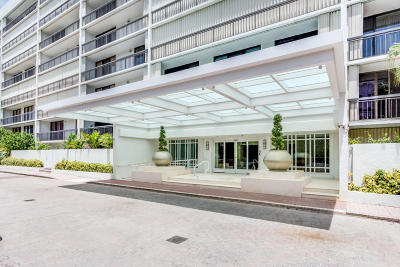 Brighton Condo For Sale: 2000 Ocean Boulevard #1020