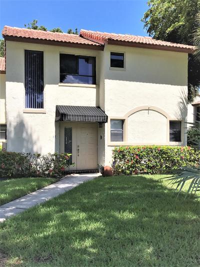 Boca Raton Condo Contingent: 7200 NW 2nd Avenue #65