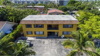 Boynton Beach Multi Family Home For Sale: 523 SE 20th Court