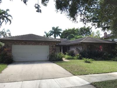Broward County, Palm Beach County Single Family Home For Sale: 3432 Pine Haven Circle