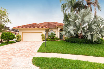 Palm Beach Gardens Single Family Home For Sale: 9030 Cypress Hollow Drive