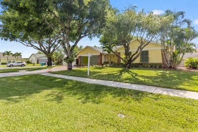 Boynton Beach Single Family Home For Sale: 1242 Northwest 10th Court