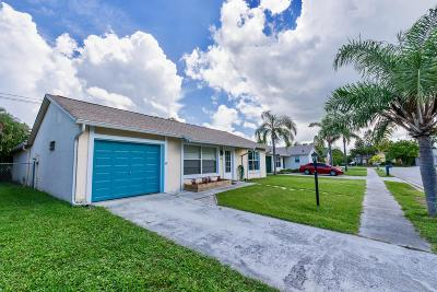 Jupiter Single Family Home Contingent: 123 Deerfield Drive