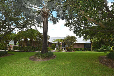 Palm City Single Family Home Contingent: 577 SW Woodcreek Drive