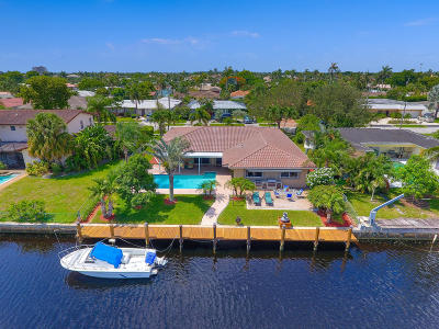 Lighthouse Point Single Family Home Contingent: 2431 NE 46th Street