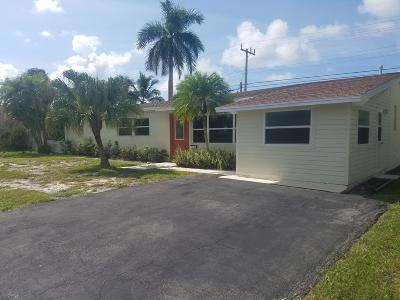 North Palm Beach Single Family Home For Sale: 528 Harbour Road
