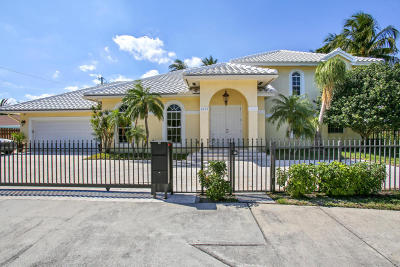 Lake Worth Single Family Home For Sale: 2615 Federal Highway