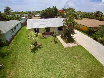 Tequesta Single Family Home For Sale: 19003 SE Fernwood Drive