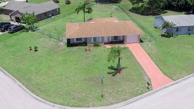Port Saint Lucie Single Family Home For Sale: 3250 SW Ronlea Place