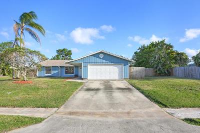 Palm City Single Family Home Contingent: 1240 SW Nikoma Street