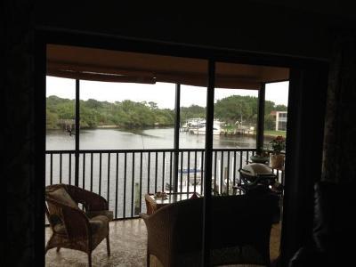 North Palm Beach Condo For Sale: 711 Hummingbird Way #205