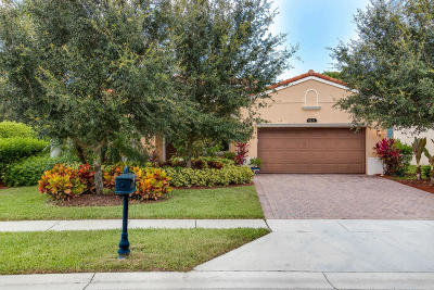 Delray Beach Single Family Home For Sale: 8137 Ferentino