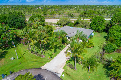 Jensen Beach Single Family Home For Sale: 2636 NE Cypress Lane