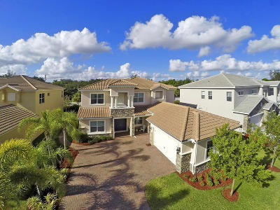 West Palm Beach Single Family Home For Sale: 8952 Cypress Grove Lane