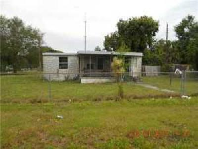 Fort Pierce Single Family Home For Sale: 5003 Regina Drive