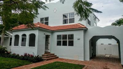 West Palm Beach Single Family Home For Sale: 327 Greenwood Drive