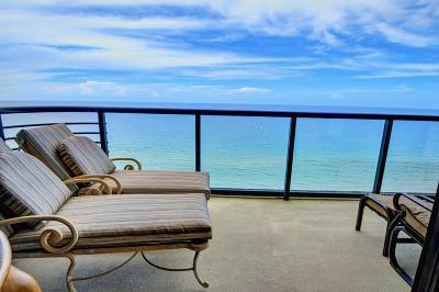 Marbella Condo For Sale: 250 S Ocean Boulevard #Ph A
