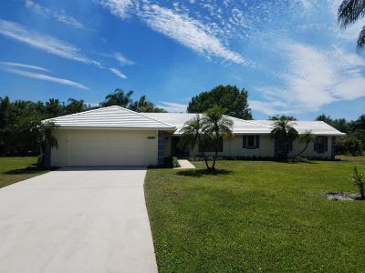 Tequesta Single Family Home For Sale: 9472 SE Little Club Way Way S